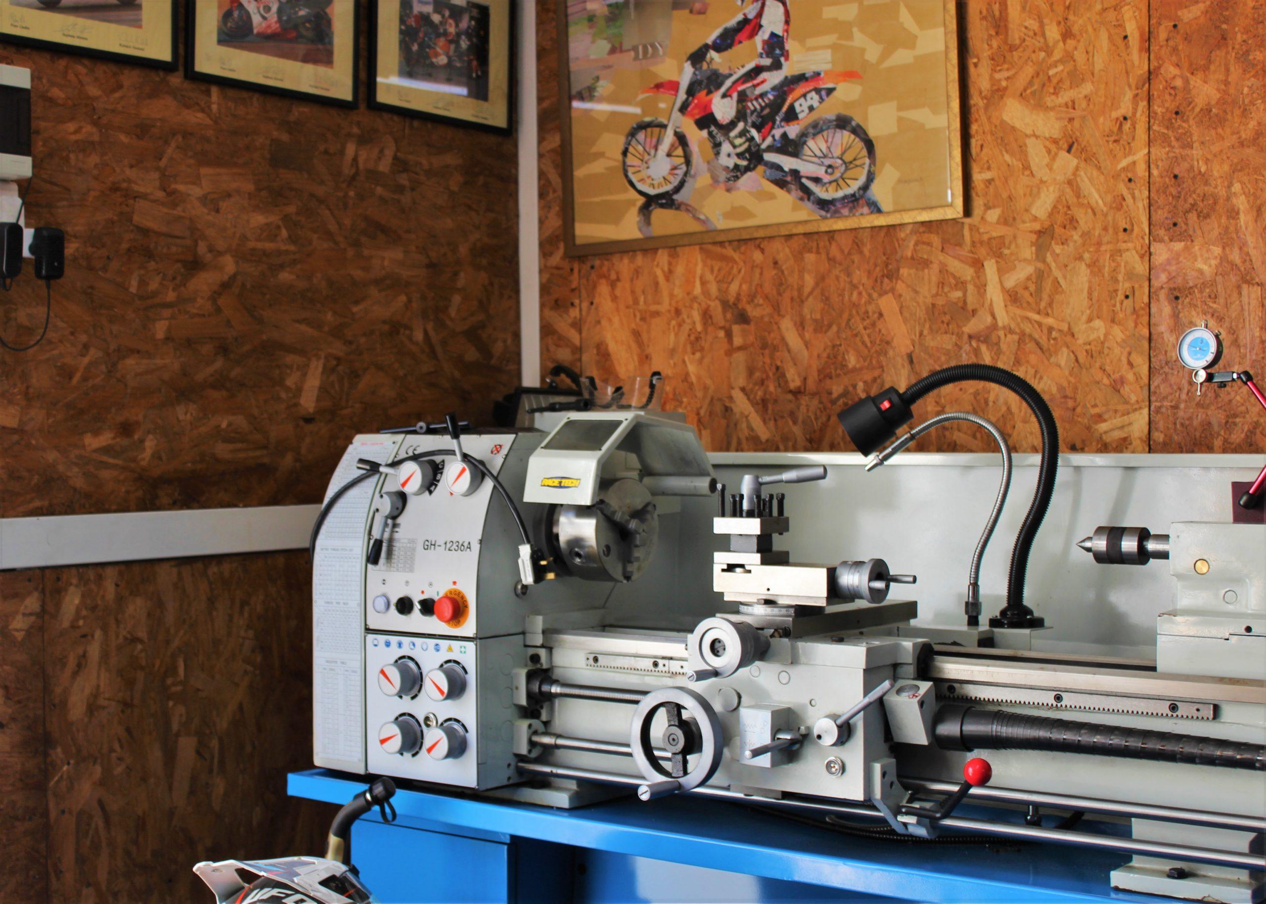 milling machine wallapaper